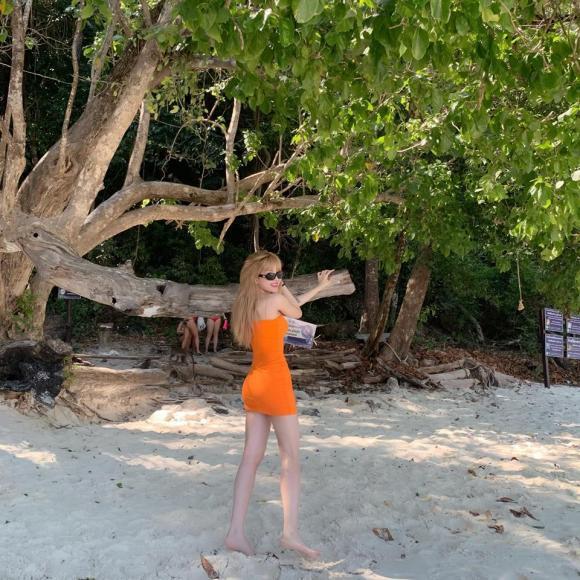 Thiều Bảo Trâm, bạn gái tin đồn của Sơn Tùng, Thiều Bảo Trâm bikini