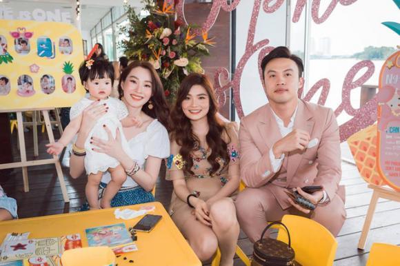 Hoa hậu Đặng Thu Thảo, con sao việt, sinh nhật