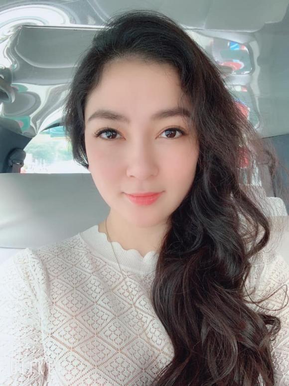 Hà Anh, Nguyễn Thị Huyền, sao Việt, ngày cá tháng tư,