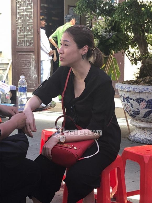 Linh cữu cố nghệ sĩ Anh Vũ, về Việt nam, anh vu, nghệ sĩ anh vũ, chùa ấn quang, tang lễ, đám tang