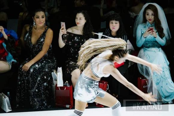 Võ Hoàng Yến, Tuần lễ thời trang Việt Nam, người mẫu, ngã