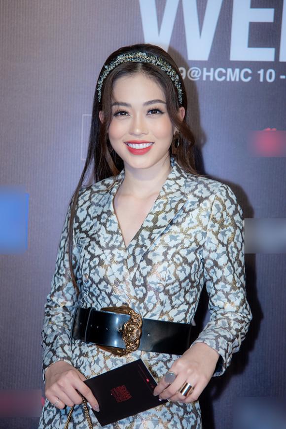 Trấn Thành – Hari Won,  tuần lễ thời trang Quốc tế Việt Nam, đức phúc, sao việt