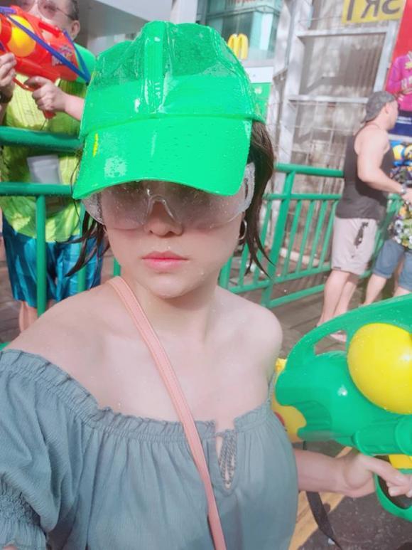 lễ hội té nước, sao Việt tham gia lễ hội té nước, Songkran,  H'Hen Niê