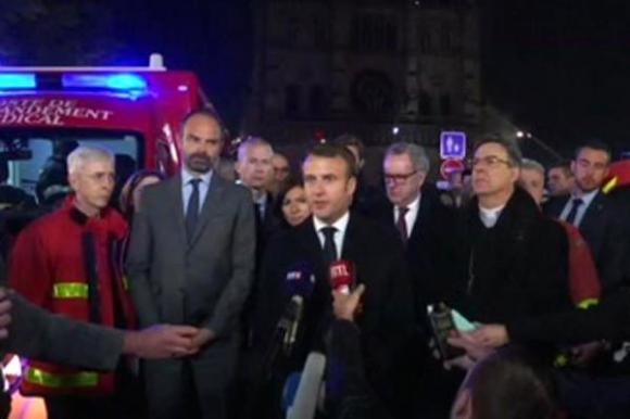 Nhà thờ Đức bà cháy, Tổng thống Pháp