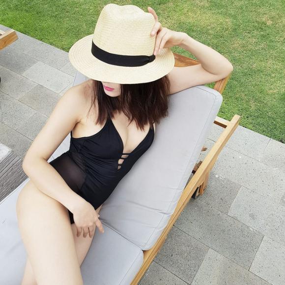 Phương Linh, Phương Linh bikini, ca sĩ Phương Linh khoe dáng