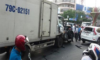 cấm xuất cảnh, tai nạn giao thông, Lexus biển tứ quý 6666, Bình Định
