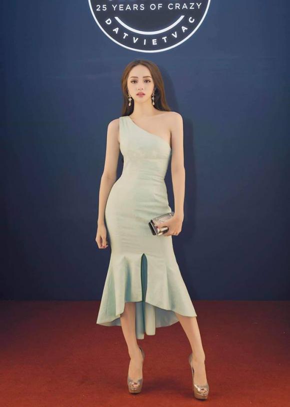 Hương Giang, váy Hương Giang, thời trang Hương Giang