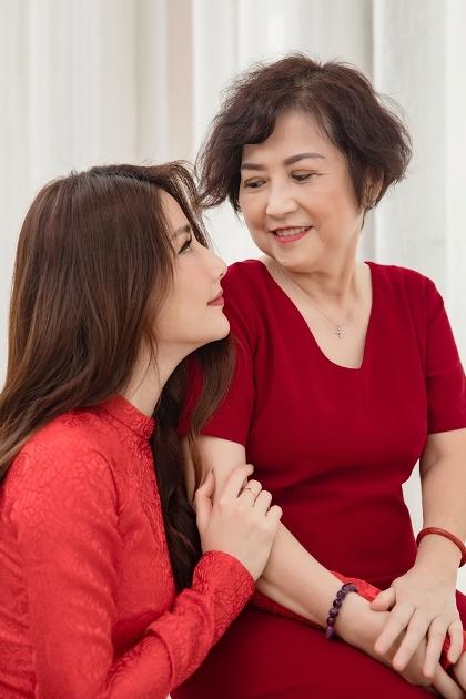 mẹ Diễm My, mẹ Diễm My qua đời, Thiên Minh