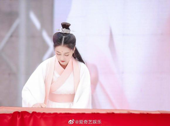 Châu Hải My,Ỷ thiên đồ long ký,Diệt Tuyệt sư thái,Chu Chỉ Nhược kinh điển,Chu Chỉ Nhược Châu Hải My,sao Hoa ngữ