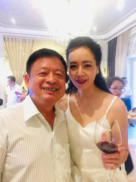 đám cưới NSND Trung Hiếu,  NSND Trung Hiếu, đạo diễn Trần Lực, sao Việt