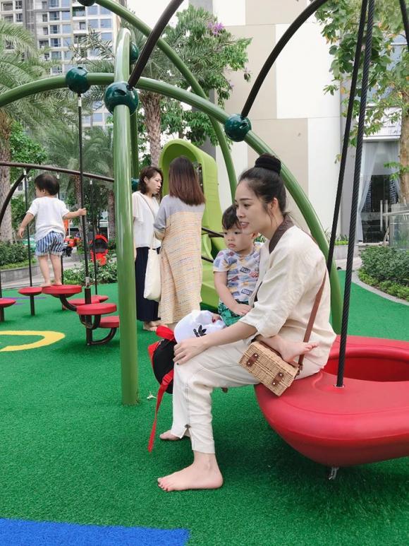 Dương Cẩm Lynh , mẹ đơn thân, diễn viên  Dương Cẩm Lynh , sao Việt