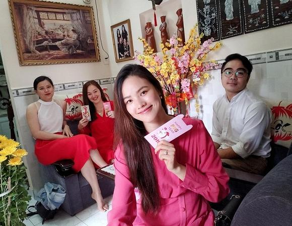 Tuyết Lan, người mẫu Tuyết Lan, sao Việt