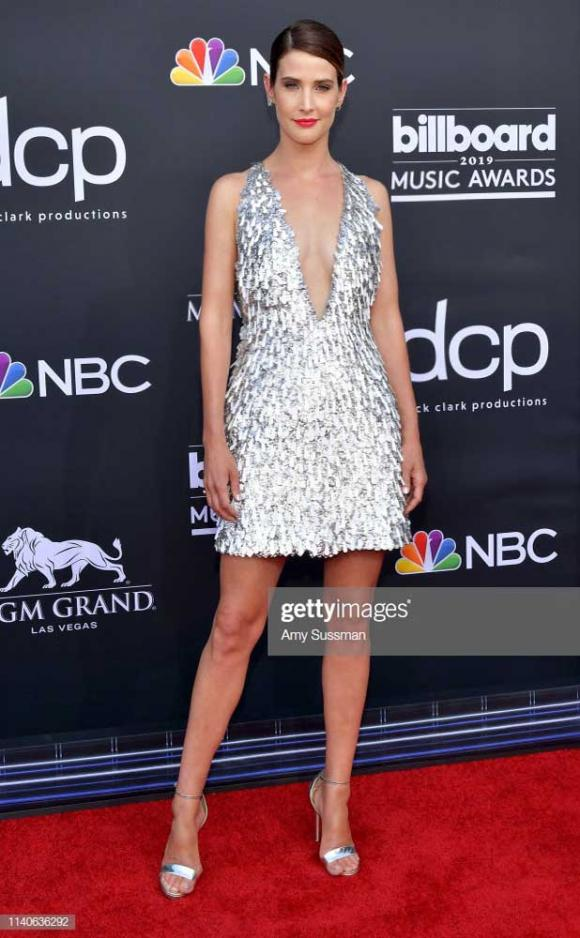 Công Trí, Billboard Music Awards 2019, Cobie Smulders