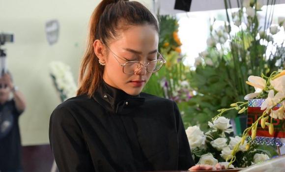 nghệ sĩ Lê Bình, viếng, sao việt, nghệ sĩ việt, le binh