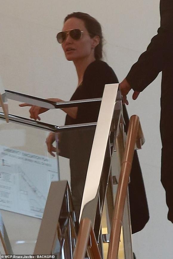 thời trang của Angelina Jolie, angelina jolie, sao hollywood