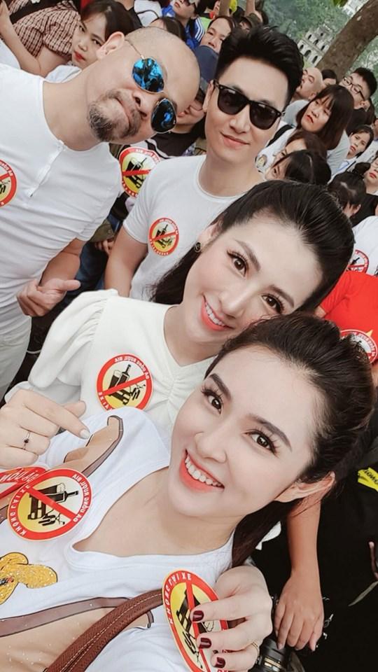 Bảo Thanh, NTK Đức Hùng, Tú Anh, sao Việt