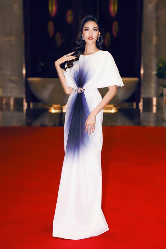 Lan Khuê, Hoa khôi áo dài Lan Khuê, sao việt