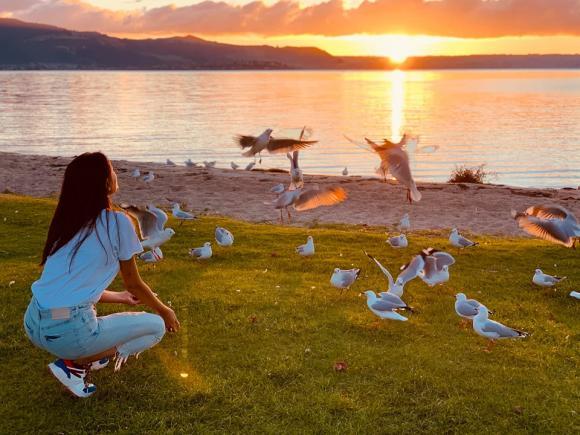 Siêu mẫu võ hoàng yến,võ hoàng yến khám phá  New Zealand,sao việt