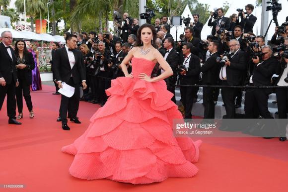 thảm đỏ LHP Cannes,Choompo Araya,Thiên thần nội y Alessandra Ambrosio