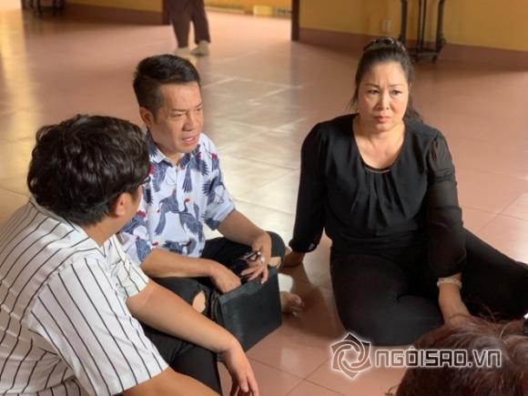 NSND Hồng Vân, nghệ sĩ Anh Vũ, sao việt