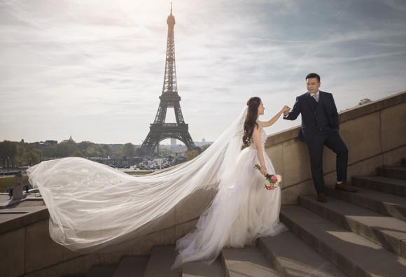 đạo diễn cua lại vợ bầu, ảnh cưới của đạo diễn cua lại vợ bầu, đạo diễn nhất trung