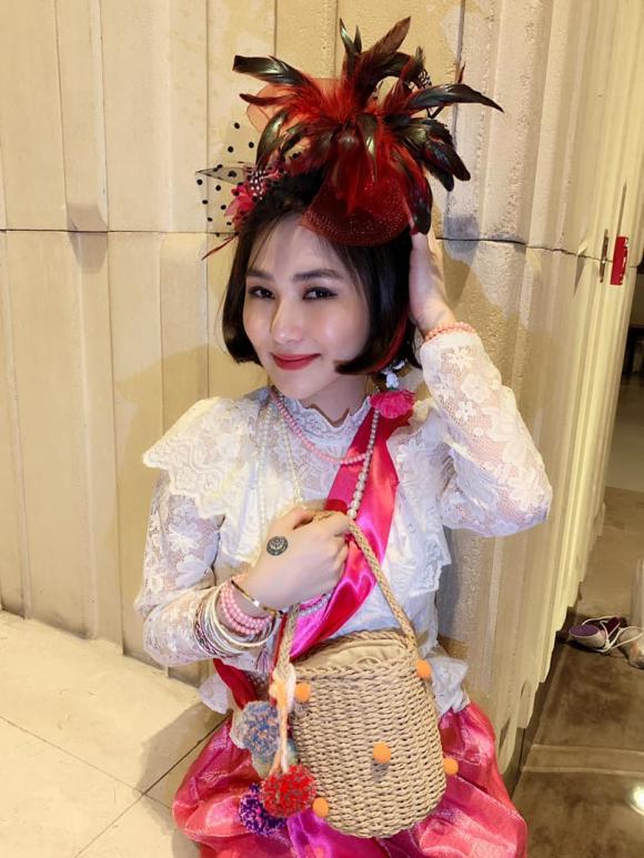 nữ ca sĩ Hương Tràm,ca sĩ hương giang idol,ca sĩ hương tràm, sao Việt