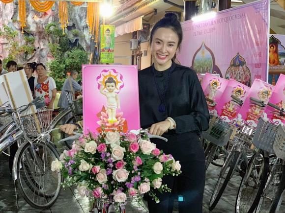 Agela Phương Trinh, phương trinh, sao Việt