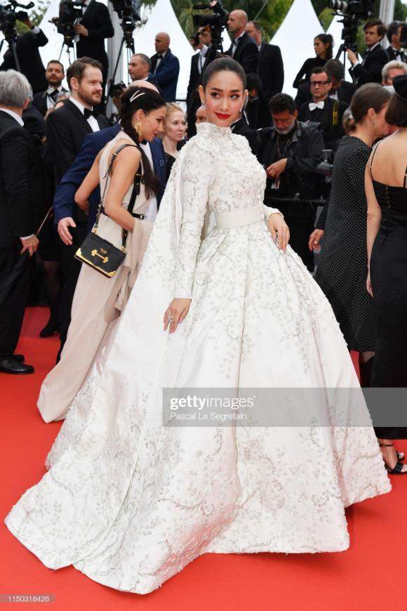 Aishawarya Rai, thảm đỏ lhp cannes, hoa hậu đẹp nhất thế giới