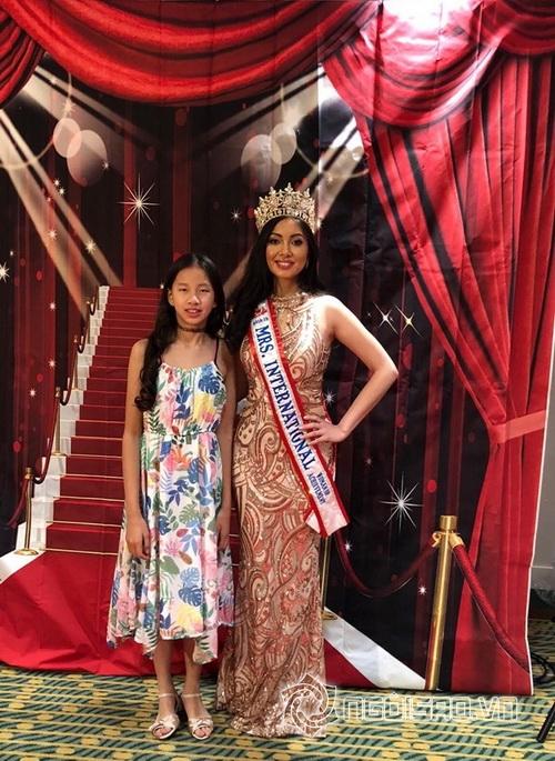 Mindy Ngô Minh Thư, Hoa hậu phu nhân thế giới WOA