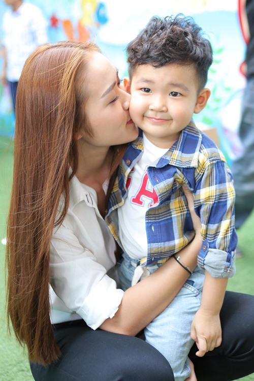 con trai Diệp Bảo Ngọc, nữ diễn viên Diệp Bảo Ngọc, sao Việt