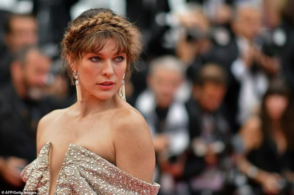 thảm đỏ lhp cannes, shanina shaik, Milla Jovovich