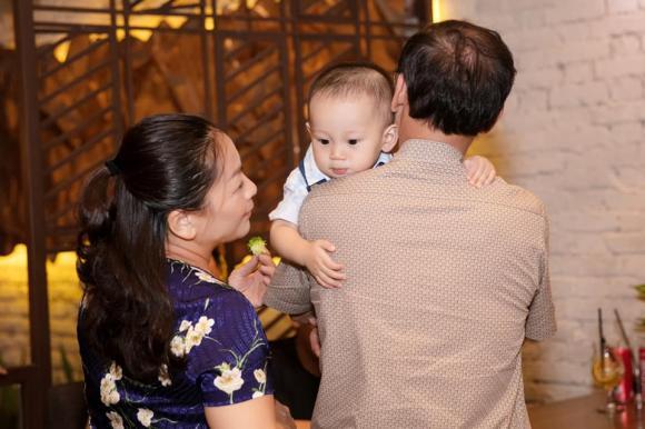 Pông Chuẩn, Tùng Min, Đàm Thu Trang, Diệp Lâm Anh, Cường Đô la