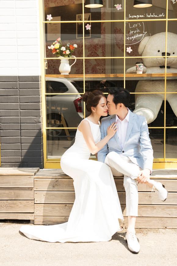 nhạc sĩ Dương Khắc Linh, Sara Lưu, ảnh cưới sao