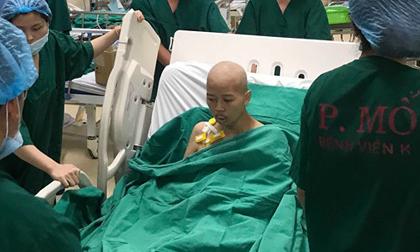 Bé Bình An, Mẹ ung thư ngồi sinh con, Từ chối điều trị ung thư để sinh con