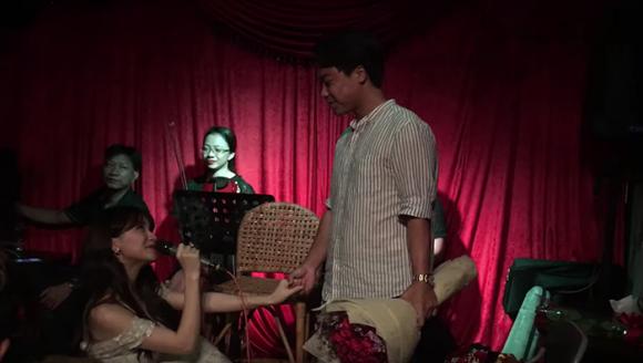 nữ ca sĩ hoà minzy, bạn trai của Hoà Minzy, sao Việt, Hoà Minzy , cau hon