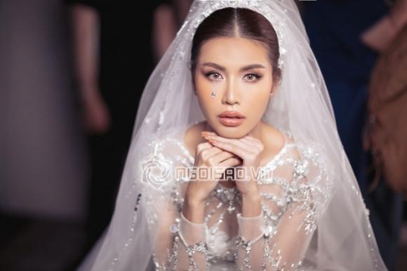 Siêu mẫu Minh Tú, hoa hậu tường linh, sao Việt