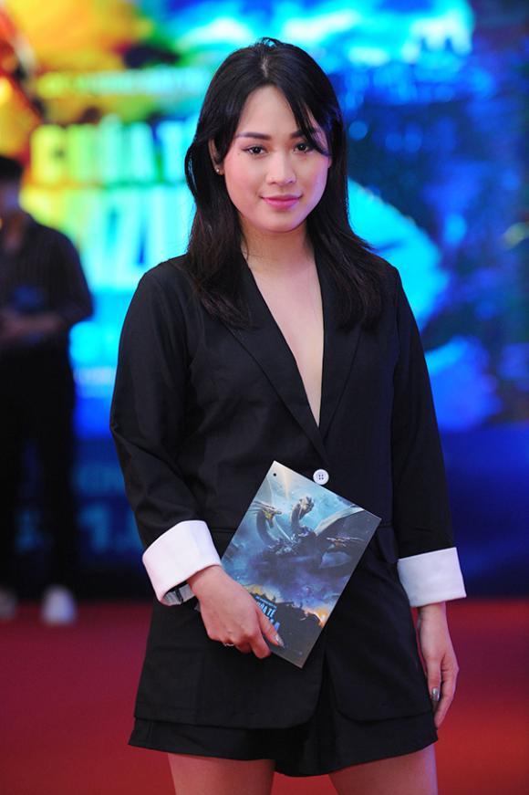ngọc trinh, hồ ngọc hà, á hậu Hoàng Oanh, diễn viên Minh Hà