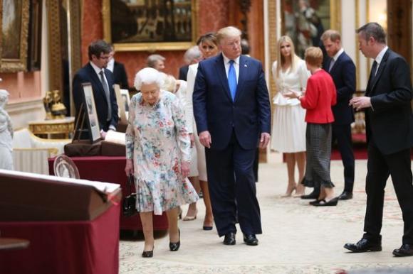 công nương meghan, hoàng tử harry, tổng thống mỹ, hoàng gia anh
