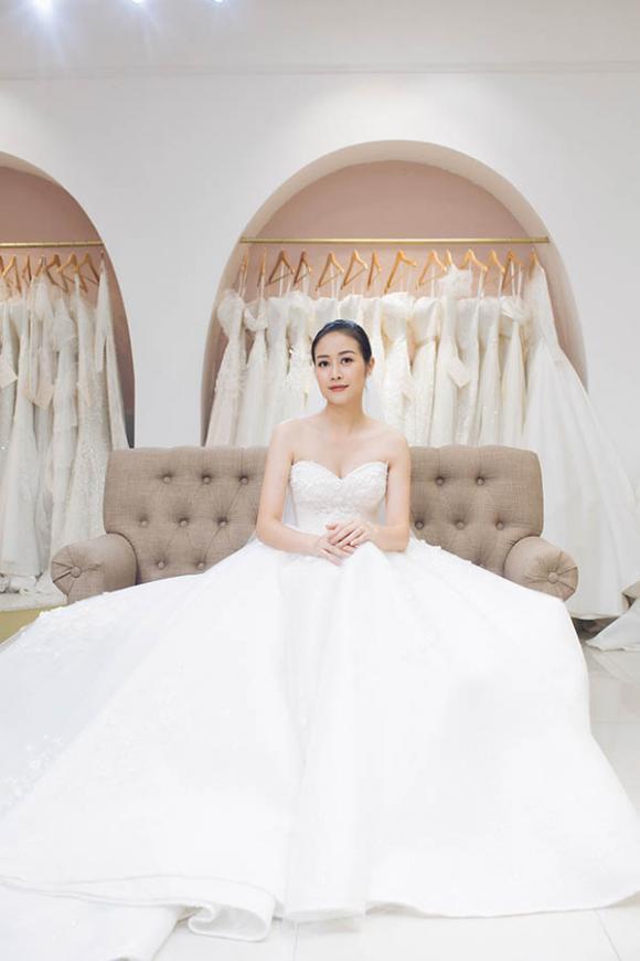 MC Phí Linh, MC Phí Linh kết hôn, sao Việt