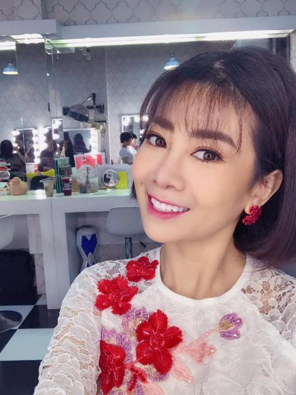 diễn viên Mai Phương, ca sĩ Mai Phương, sao Việt
