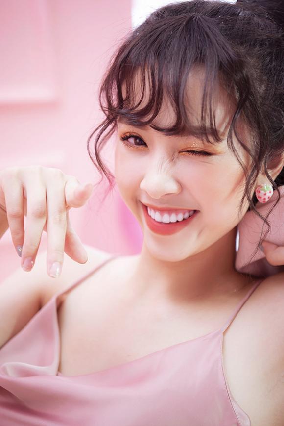 top 3 Hoa hậu Việt Nam, á hậu Thuý An, sao Việt