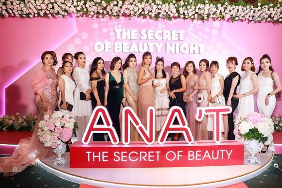 mỹ phẩm ANA'T, Hoa hậu Phan Thị Mơ