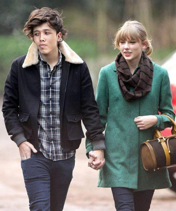 Chẳng mất xu nào, chàng trai Việt bỗng dưng trở thành 'bạn trai đi bên cạnh' Taylor Swift