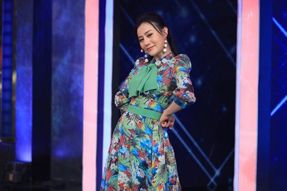 nghệ sĩ hài Lâm Vỹ Dạ, diễn viên Thuý Ngân, hoa hậu Hương Giang