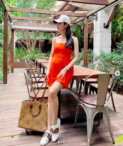 Ca sĩ Diệp Lâm Anh, sao Việt