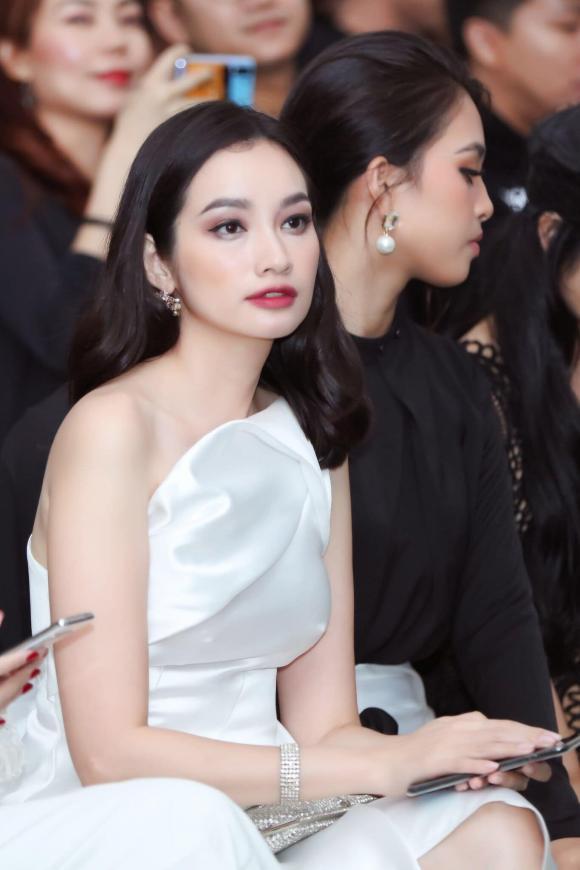 hoa hậu trúc diễm, hoa hậu trương chi trúc diễm, sao Việt
