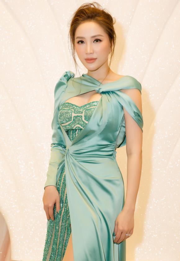 Bảo Thy, ca sĩ Bảo Thy, sao Việt, tiêu chuẩn đàn ông