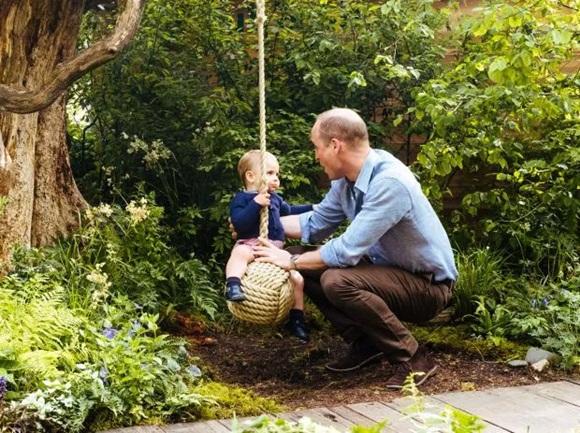 vợ chồng công nương Kate, Hoàng tử William, Hoàng gia Anh, Ngày của Cha
