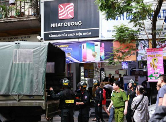 Nhật Cường mobile, Bùi Quang Huy, Buôn lậu
