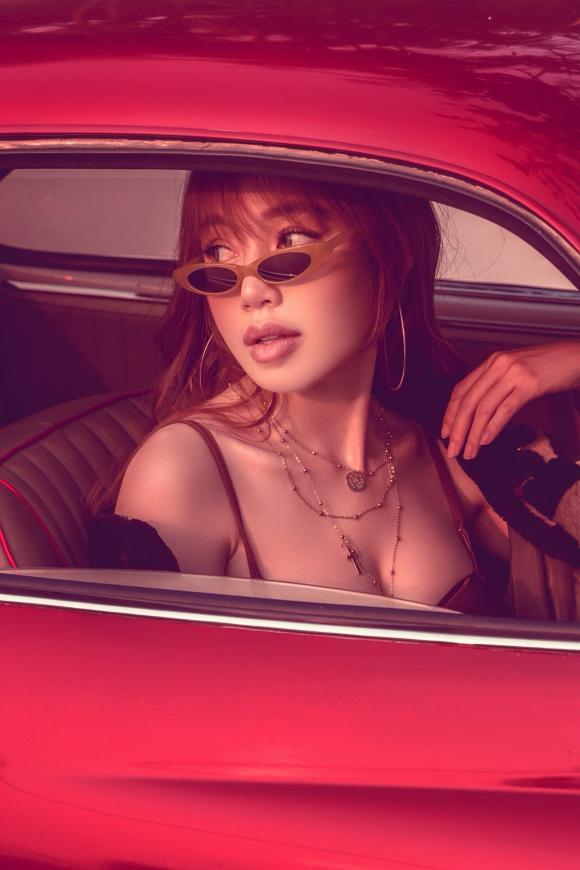 Diễn viên Elly Trần, sao Việt